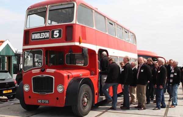 oldtimer-bus-volendam-1